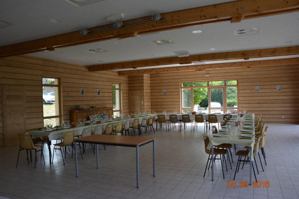 Salle polyvalente, Sarcenas