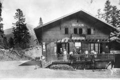 Chalet-Alpin-au-Col-de-Porte-1